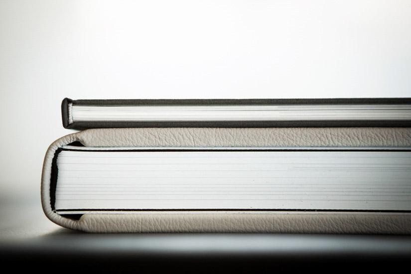 Fotografo matrimonio Torino: il volume e il fotoalbum sono stampati su carta fotografica