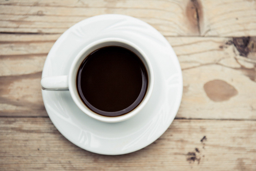 Un caffè su un tavolo di matrimonio a Ginevra